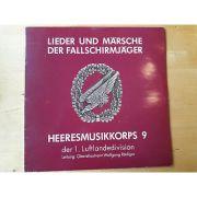 Lieder und Marsche der Fallschirmjager heeresmusikkorps 9 ( vinil )